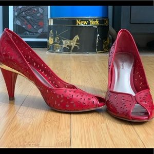Arturo Chiang Heels with Peep Toe size 8